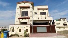 Triple Story 7 Marla House for Sale in Abu Bakar Block