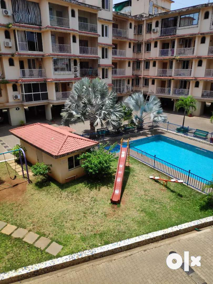Gated complex with pool n garden 0