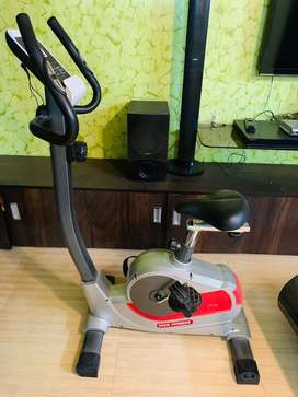 Branded Viva fitness Cycle, As good as new, rearly used