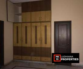 3bhk for rent on pakhowal road