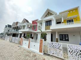 New 3bhk East facing Villa's near Kakkanad Thevakkal near Info park
