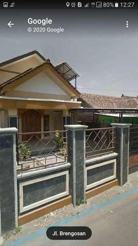 Rumah besar Selatan kampus UPY PGRI Sonopakis Ngestiharjo Yogyakarta
