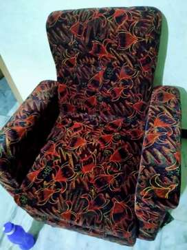 Single Seater Sofa 2 Nos