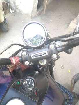Bajaj Avenger 150 cc bike blue color