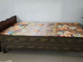 Need to sell Iron bed (deewan)