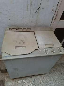 Washing machine in working condition