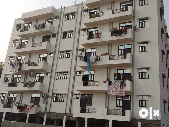 1  BHK flats in best location in noida extension 0