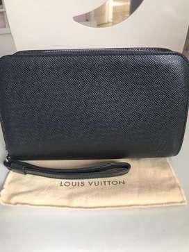 LV Louis Vuitton men Baikal Ardoise Taiga Original Authentic 1370$