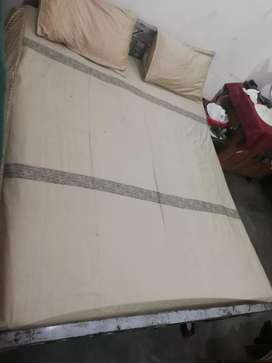 Branded double bedsheet