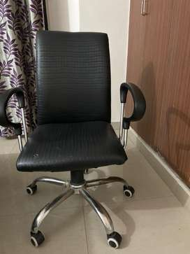 rotatable office/home chairs for sale