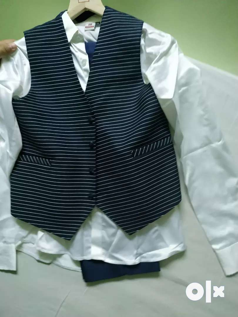 5 piece Suit for 12 to 14 yrs 0