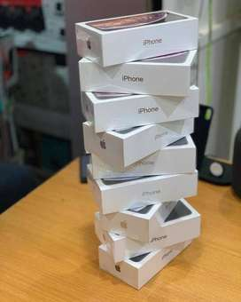 PRE DIWALI sale on all iPhone (SEAL PACKED) models,CASH ON DELIVERY AV