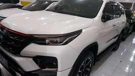 Toyota fortuner Vrz trd matic  model terbaru
