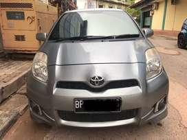 Yaris E / cbu  auto 2013