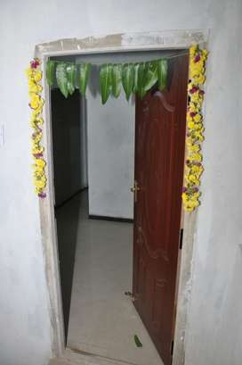 Bachelors rooms are available in sukwararpet