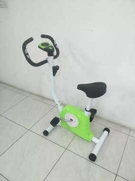 Bike Fitness Statis BELT Fitnes hijau