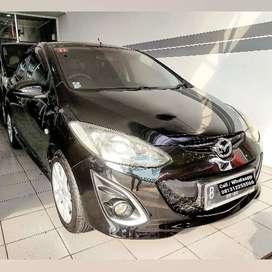 Mazda 2 R AT 2012