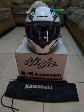 Helm Kawasaki Ninja