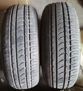 Set of 2 Tires Used DUNLOP Tyres 195/65/15 15 inch Rims