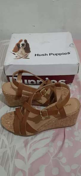 Dijual WEDGES Hush puppies ORI Counter (kulit asli)