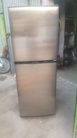Ts fridge full new