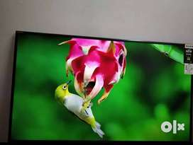 Box Piece 32 inch smart Android Sony LED TV with warranty