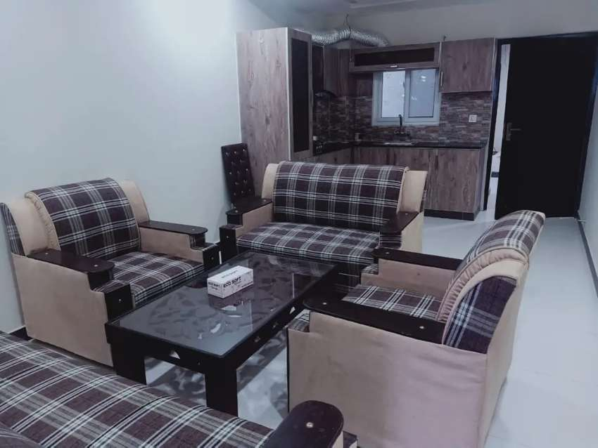 F 11 PER DAY  1 bed flat  full furnished available for rent 0