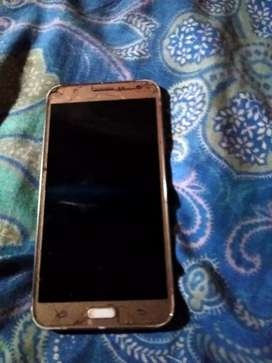 Selling my Samsung j7 mobile
