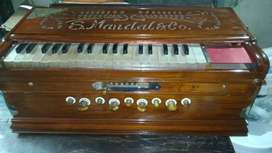 Ready to use Used  Scale-Changer Harmonium