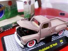 M2 Machines 1949 Studebaker truck