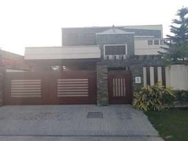 Stunning 20  Marla House In Garden Town - Gujranwala Available
