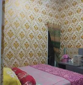 Wallpaper dinding bahan terbaik siap hiasi seluruh ruangan penting
