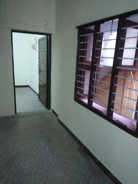 Spacious single bed room flat for lease at 400 ft road. Korattur
