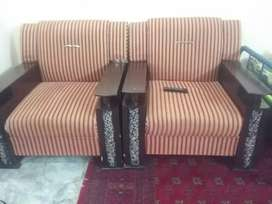 5 seater sofa in excellent condition in a very low price