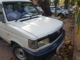 Toyota Qualis 2004 Diesel Well Maintained