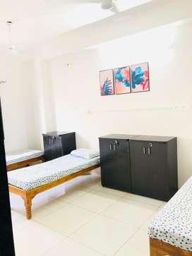 Boys Furnished PG in Manjalpur ( Brand new property & No broker)