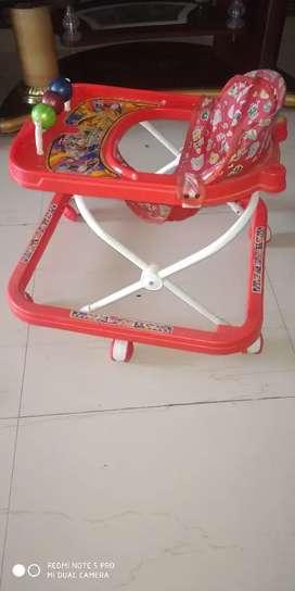 Chun mun baby walker