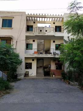5 marla first floor for sale in G block