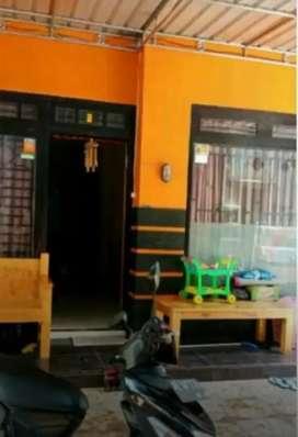 Rumah 3 lantai dekat Bank BCA Kota Madiun