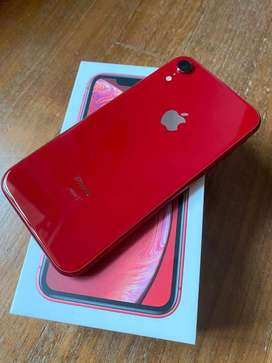 selling xr with full box in red color get it fast