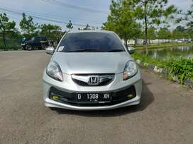 Dp 16 jt.! Kredit murah Honda Brio E manual 2014 new look..!