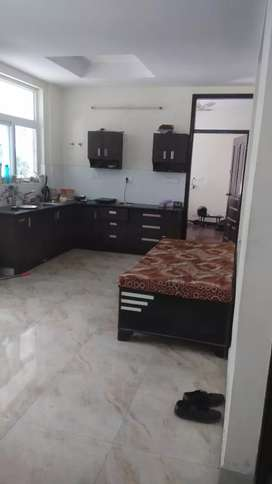 Room for rent in Shivalik Greens Appartments near DIT UNIVERSITY
