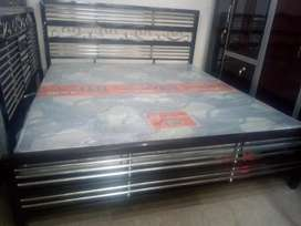 Iron bed azadi discount 10% off
