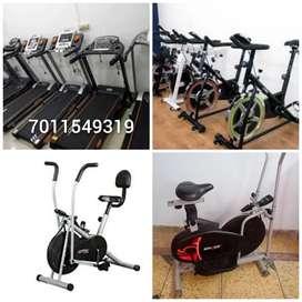 Treadmill.   7000