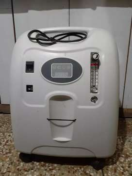 Portable medical oxygen concentrator Rs 36000 only