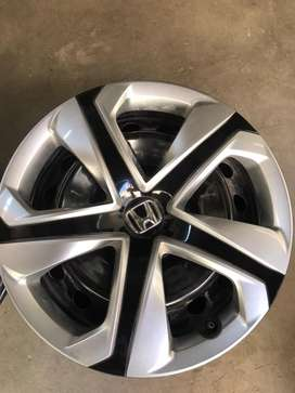 Honda Civic rebirth original rims with wheel cup 2015