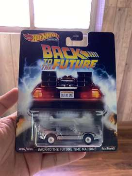 Back to the future time machine(Hotwheels Premium)