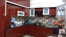 2bhk boy only ,owner free flat