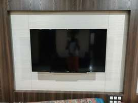 Sony Bravia LED TV for sale 48 inchs