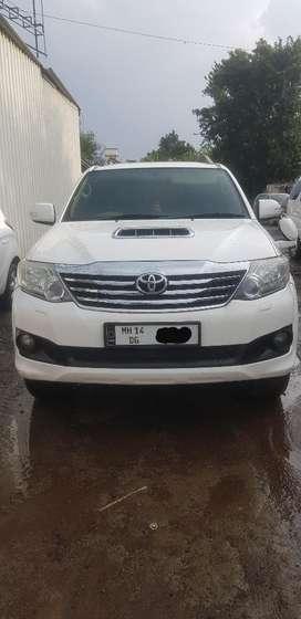 Toyota Fortuner 2.8 4X4 MT, 2012, Diesel